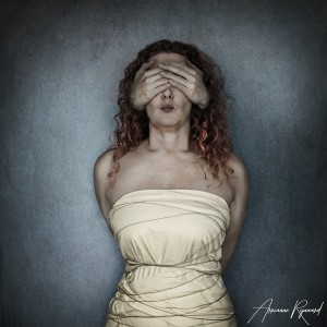 Arrianne Rijnaard Art photography See no Evil